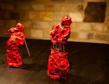 """Annabelle Hyvrier, """"INSTALLATION 2"""", bronzes peints, epoxy, plastique"""