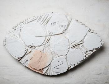 Fuck off 2, série les primitives, 2020, cedar, paint, L: 81x 53cm